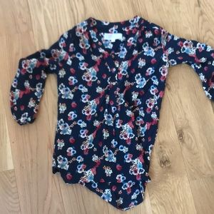 Stitch fix navy floral blouse small, guc